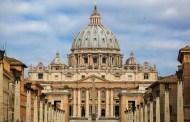 El Vaticano calificó de criminales los abusos de sacerdotes a menores