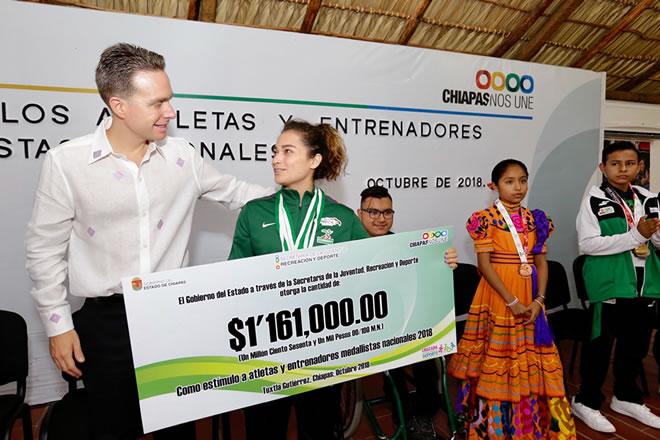 Reconoce talento y esfuerzo de deportistas en Chiapas