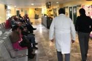 Zoé Robledo 'arranca' labores en clínica del IMSS en la Roma
