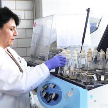 Investigadores de la UNAM crean proteínas contra la listeriosis
