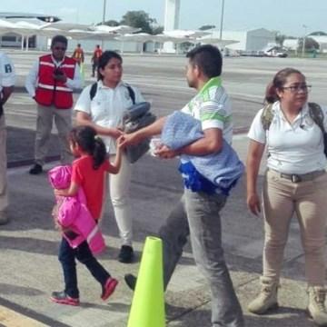 Ubican a 76 migrantes en Puebla que eran trasladados en autobús