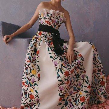 Carolina Herrera no será 'castigada' por diseños mexicanos