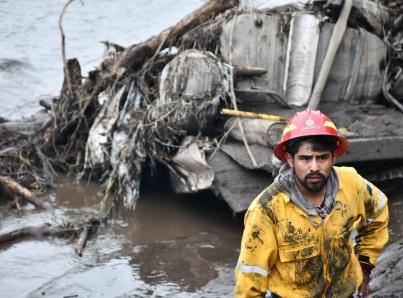 Continúan labores de apoyo a afectados por desborde de río en Jalisco