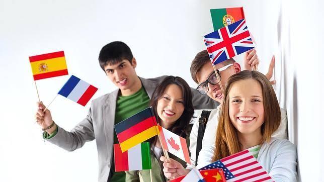 Banco de México ofrece financiamiento para estudiar en el extranjero