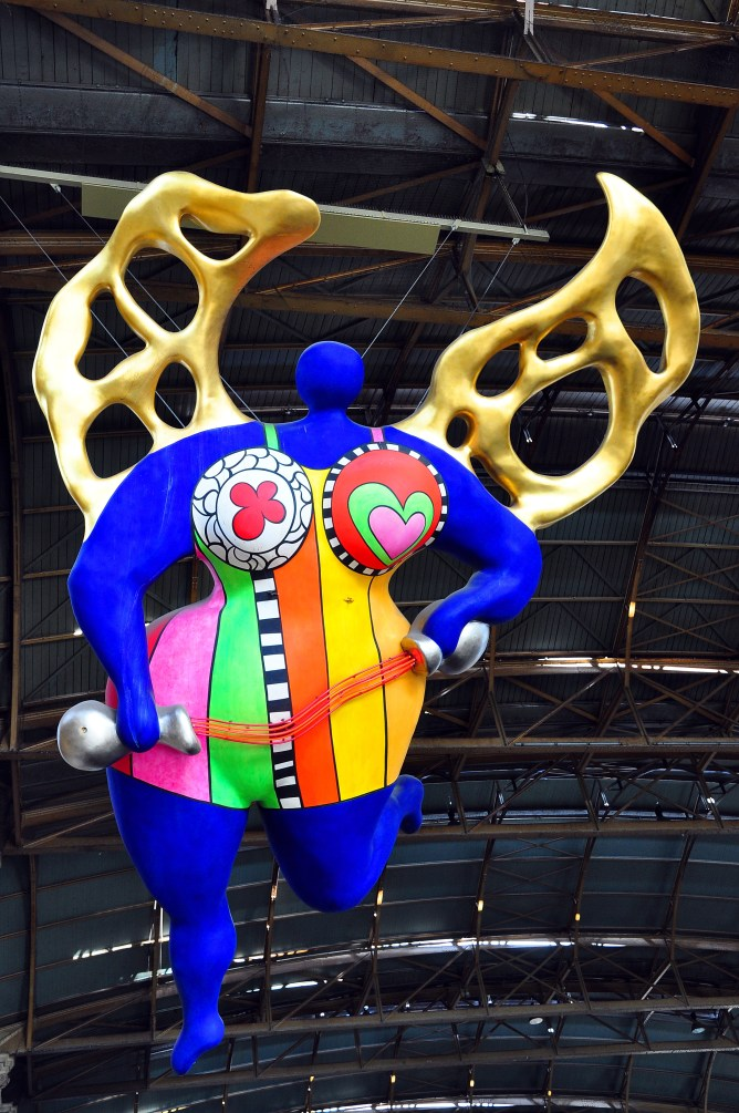 L'ange Protecteur by Niki de Saint Phalle (Photo via wikimedia.com)