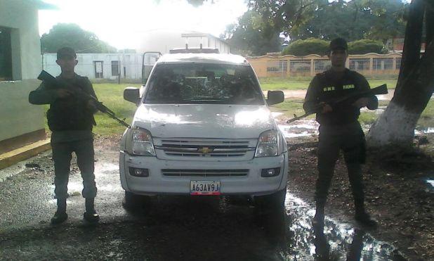 vehiculo-confiscado-por-uniformados-del-d342