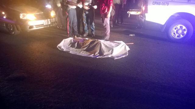 lo arrollaron dos vehículos a un septuagenario.