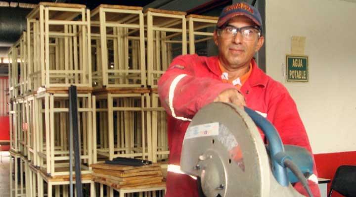 Trabajadores Inces tienen las herramientas proporcionadas por la revolución para construir nuevas ideas en pro del pueblo.