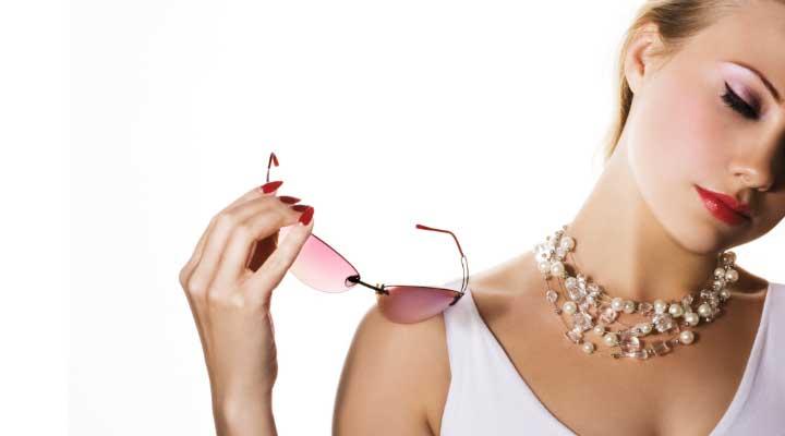 Los accesorios te dan el toque especial a cualquier prenda.