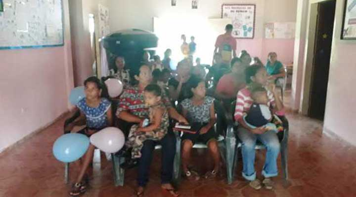 Al menos 50 niños fueron atendidos.