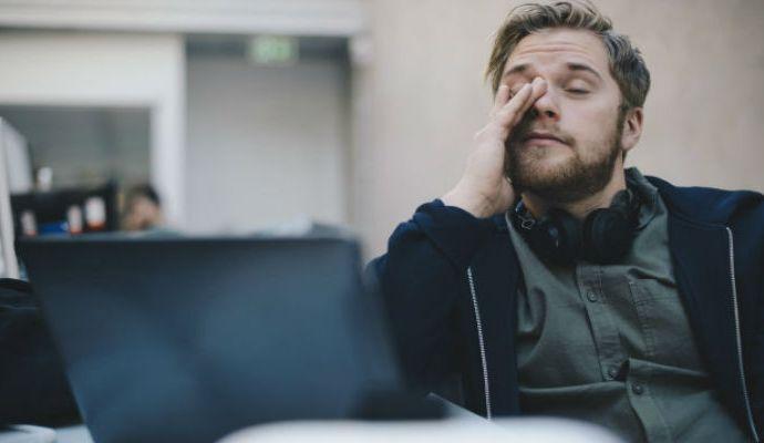 Nuevas investigaciones han determinado que el no dormir buen te hace que seas una persona asocial