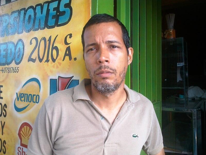 Miguel Ledezma dijo que esta situación es una calamidad por cuanto el agua debe fluir regularmente en la red de distribución doméstica.