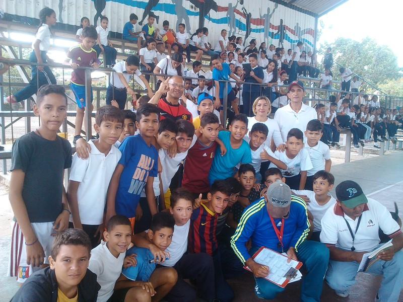 Equipo ganador en voleibol masculino (2)