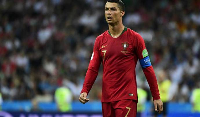 Cristiano Ronaldo lesionado en su pierna derecha, yo conosco mi cuerpo y fue lo más conveniente