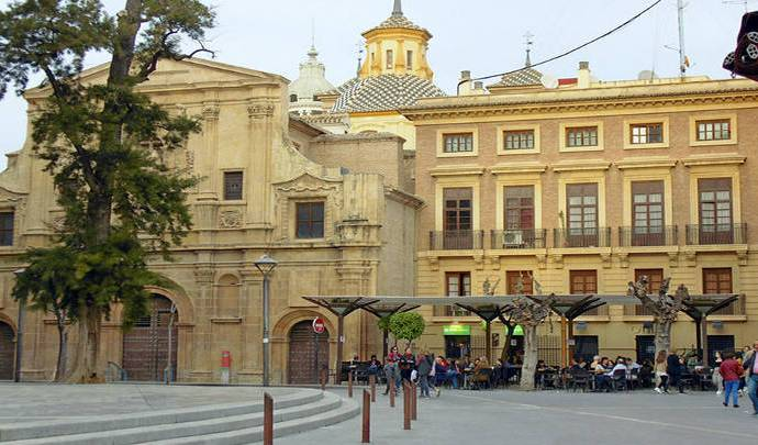 Picotear en La plaza de Julián Romea, en su original La Tapa. Delicias para un buen momento