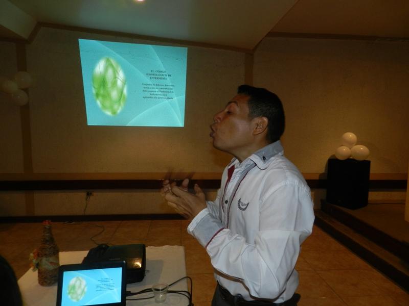 Conferencia sobre aspectos legales del ejercicio enfermería a cargo del Dr. Fernando Padrón (1)