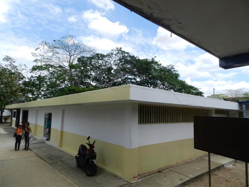 Exterior de planta fisica para Unidad de Diálisis de Valle de la Pascua.jpg