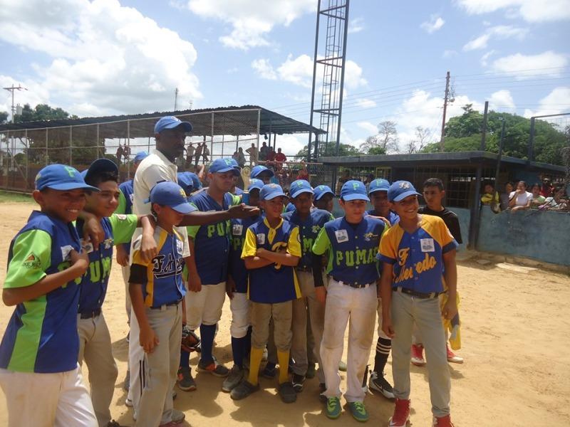 Pumas de Infante sali_ subcampe_n estadal en categor_a infantil.jpg