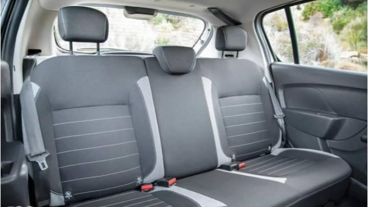 El espacio del Dacia Sandero es confortable y cómodo en su  parte trasera