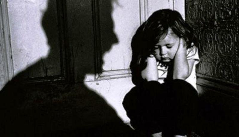 Los casos de maltrato infantil mas recurrente se ha dado cuando los niños son cuidados por terceras personas. Foto: Internet