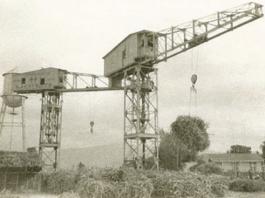 Grúa para la construcción de edificio de acero