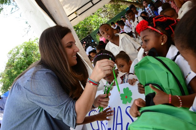 Con gran ilusión, 210.000 estudiantes de Barranquilla inician clases en 2017  CA