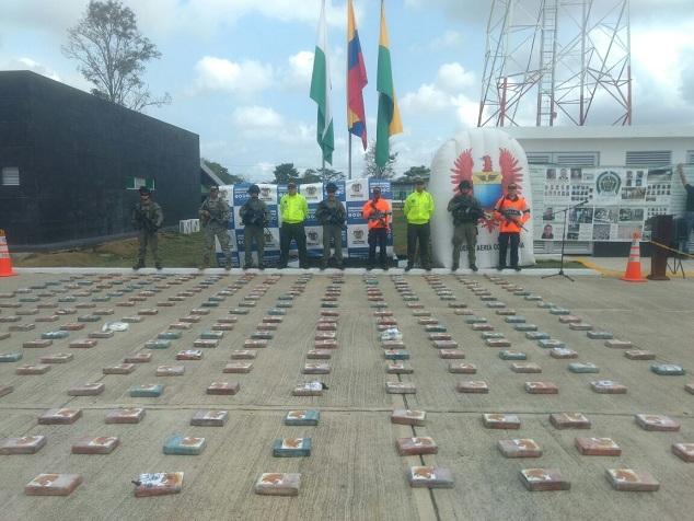 INTERCEPTADA LANCHA CON DROGA EN EL DEPARTAMENTO DE ANTIOQUIA