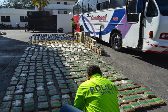 595 KILOGRAMOS DE MARIHUANA INCAUTADOS EN OPERATIVO POLICIAL.