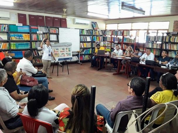 Uso responsable de la energía a  docentes y rectores en Galapa