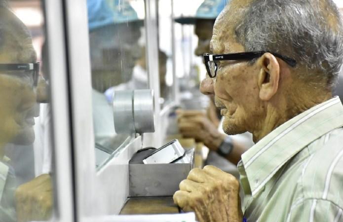 Adultos mayores tendrán 350 puntos para cobrar su subsidio distrital