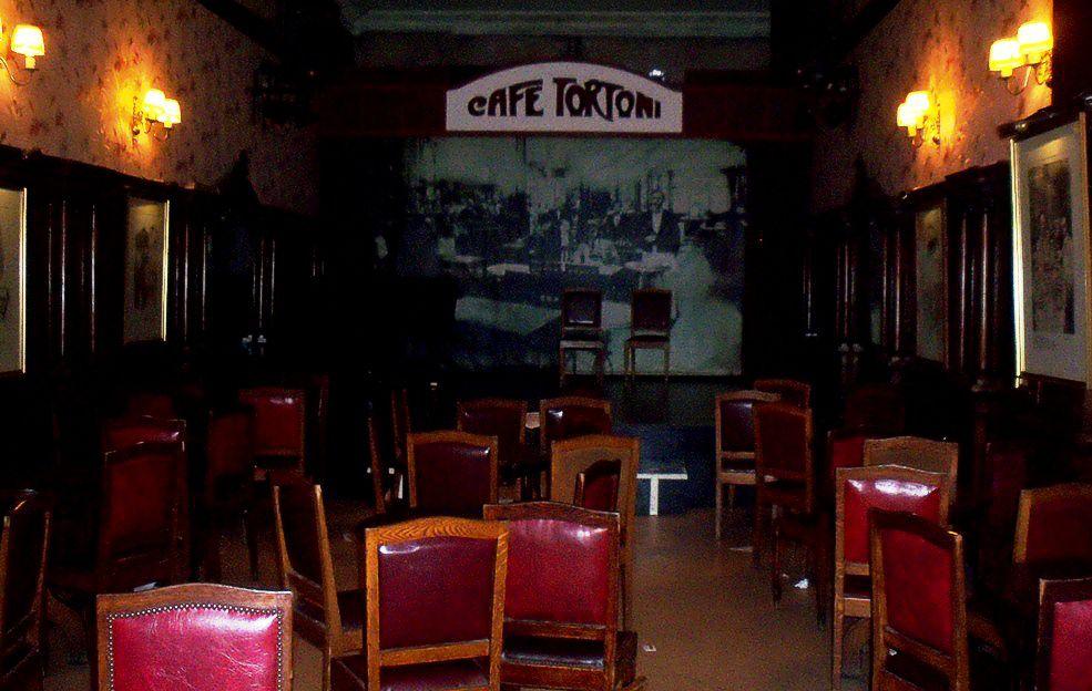 Un salón para eventos, en el Tortoni