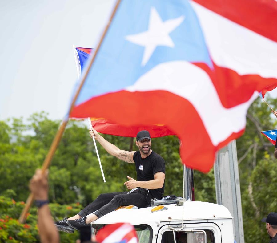 Ricky Martin celebra la renuncia de Rosselló