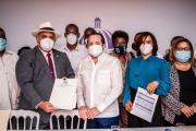 Gobierno entrega RD$128 millones para obras en Monte Plata, Hato Mayor y Azua