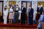 Presidente Abinader entrega Premio Nacional a la Calidad del Sector Público