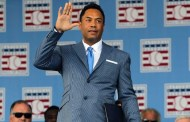"MLB expulsa a Roberto Alomar por ""inconducta sexual"""