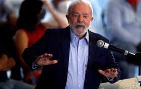 Lula mantiene una amplia ventaja en los sondeos para la elección presidencial en Brasil