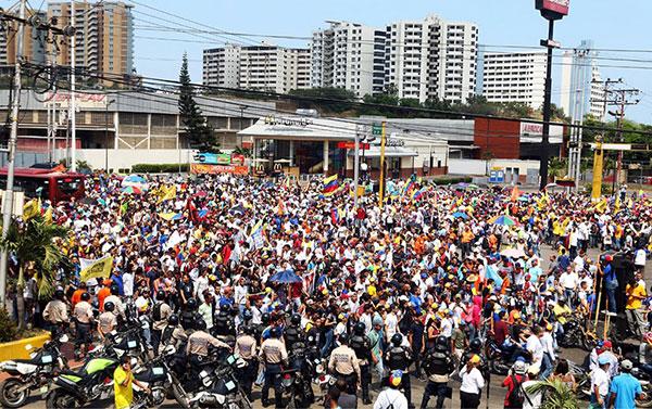Opositores en el oriente del país salen a las calles este 19 de abril | Foto: Twitter