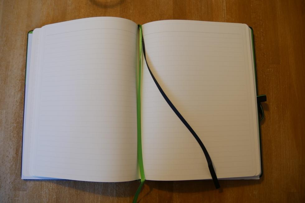 Leitz Notizbuch Seiten liniert innen