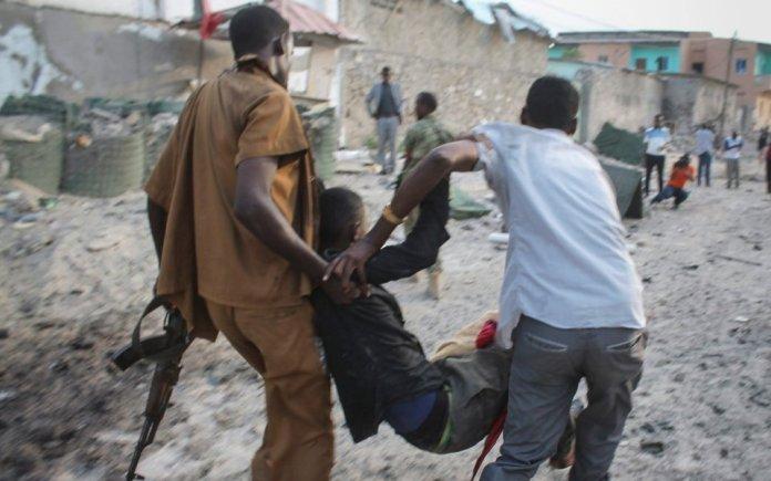 attacco a Mogadiscio oltre 230 feriti