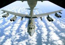 Bombardieri Usa B 52 volano sul Mar Cinese meridionale
