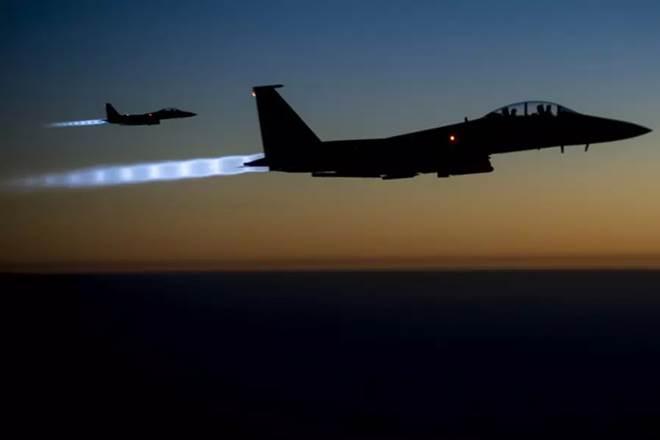 Iraq bombarda Isis in Siria