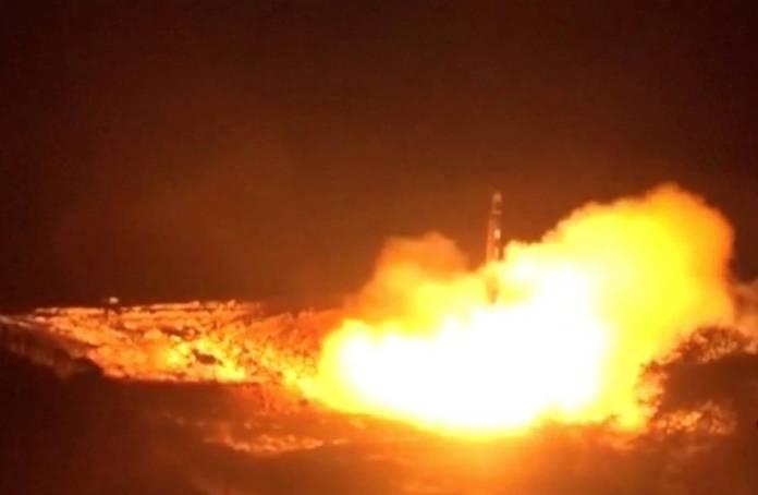 Missili balistici lanciati contro Riad