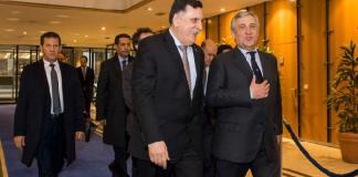Cosa sappiamo dell'incontro di Tajani con Sarraj in Libia