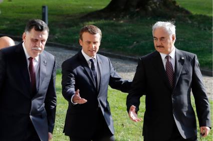 La corsa Italia Francia sul petrolio della Libia