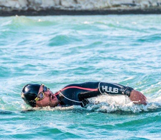 L'uomo che ha fatto a nuoto il giro della Gran Bretagna