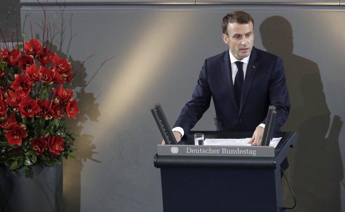 Macron interviene a Berlino davanti al Parlamento: