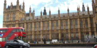 Londra non esce dall'Unione Europea il 29 marzo