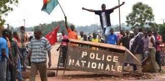Burkina Faso forze armate verso la capitale