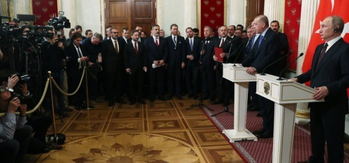 Turchia e Russia annunciano tregua a Idlib