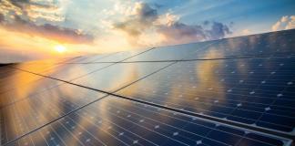 Il parco solare più grande del Regno Unito